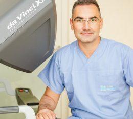 Szpital na Klinach przyciąga najlepszych specjalistów z zakresu urologii robotycznej