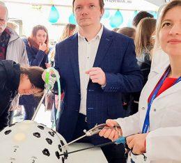 Klinika Ginekologii i Położnictwa Szpitala na Klinach na Festiwalu Nauki i Sztuki