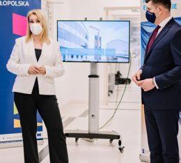 inauguracja innowacyjny program br leczenia raka szyjki i trzonu macicy z wykorzystaniem robota da vinci