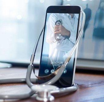 Już od marca zapraszamy na telekonsultacje ze specjalistami Szpitala na Klinach!