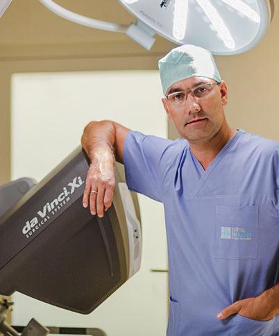 pierwsze w Polsce Kursy Urologii Robotycznej da Vinci, kierownikiem jest europejskiej klasy ekspert z zakresu urologii robotycznej dr Paweł Wisz